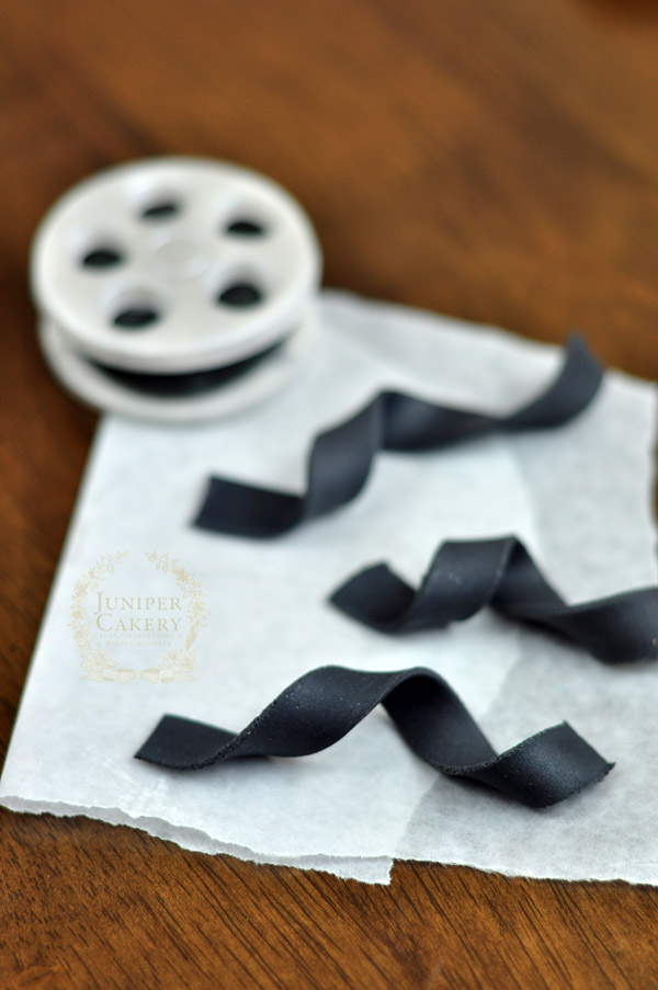Fondant film reel tutorial by Juniper Cakery