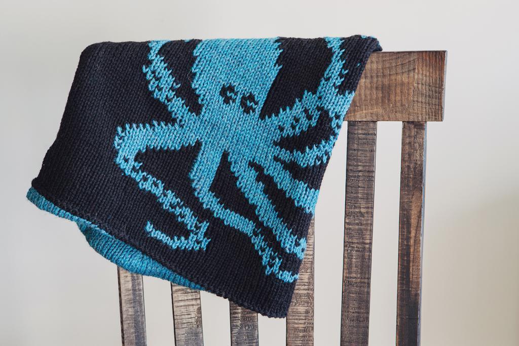 Double Knit Kraken Cowl knitting pattern