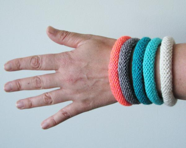 Easy Knitted Bangle pattern