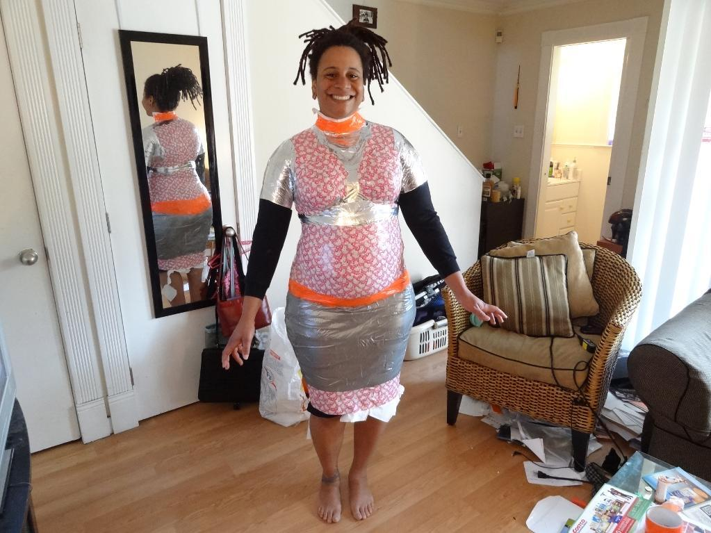 Craftsy member Quotidianlight's duct tape dress form