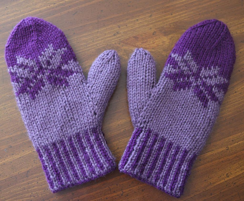 Double Knit Fair Isle Mittens knitting pattern