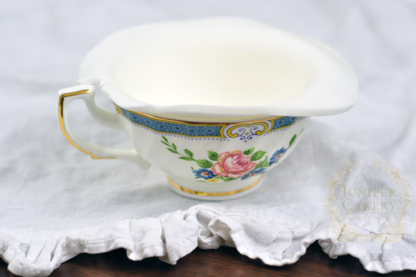Photo tutorial on how to make a gum paste teacup for cakes and cupcakes
