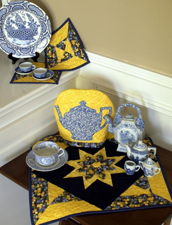 tea cosy, hot pad, table topper