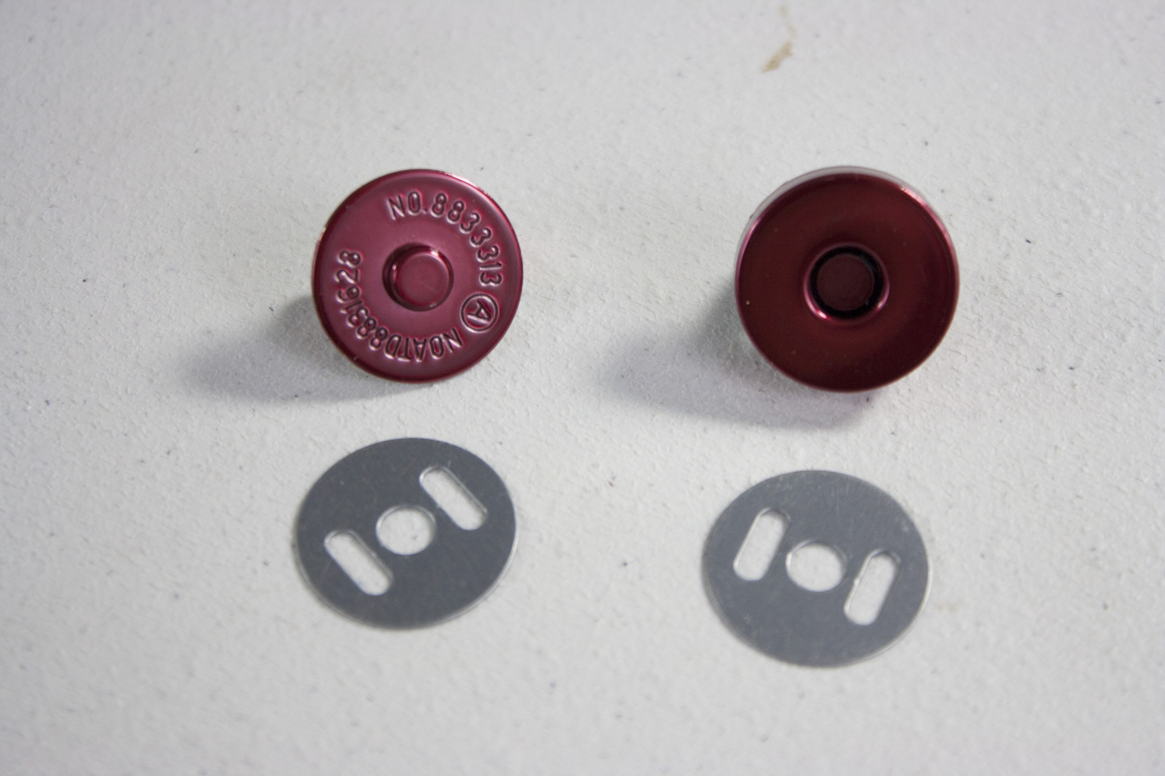 Traditional Magnetic Snaps