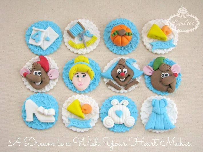 Cinderella fondant cupcake toppers