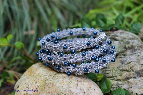 Thick Crochet  Wire Bracelet Pattern