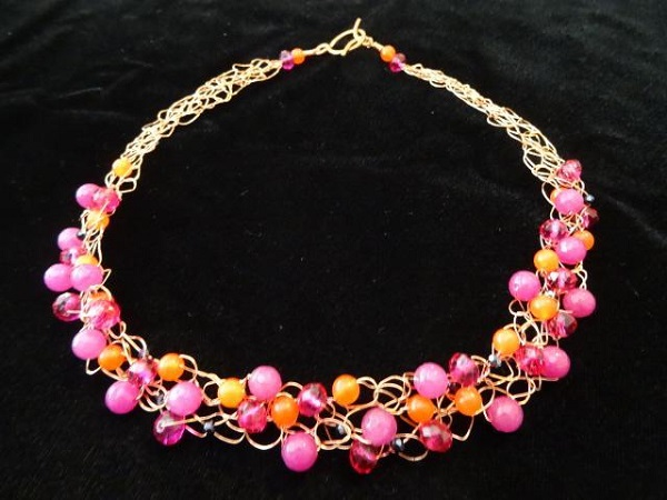 Beaded Crochet Wire Necklace Pattern and Tutorial