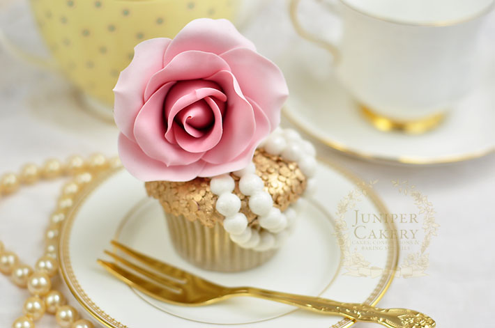Create a glamorous couture cupcake with this tutorial by Juniper Cakery