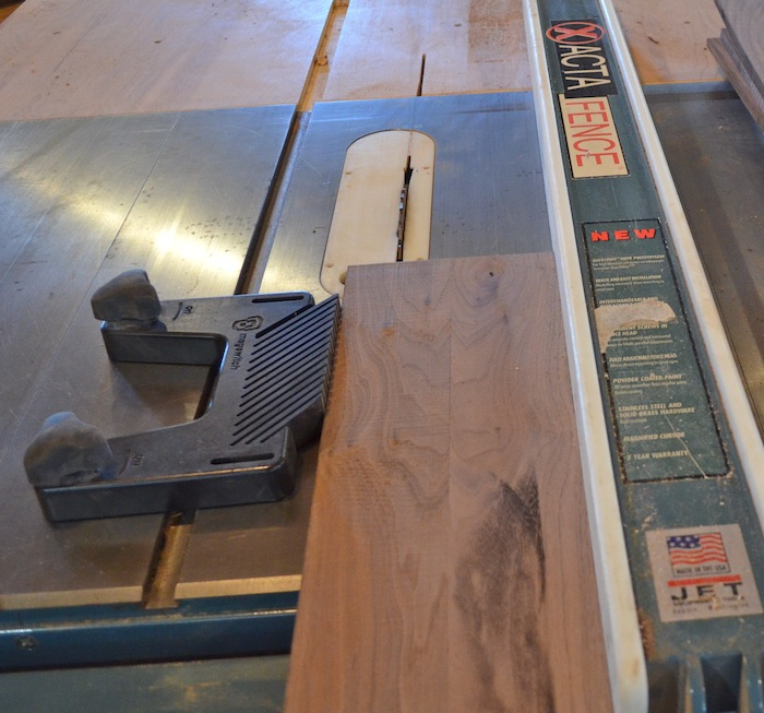 feather board for table saw