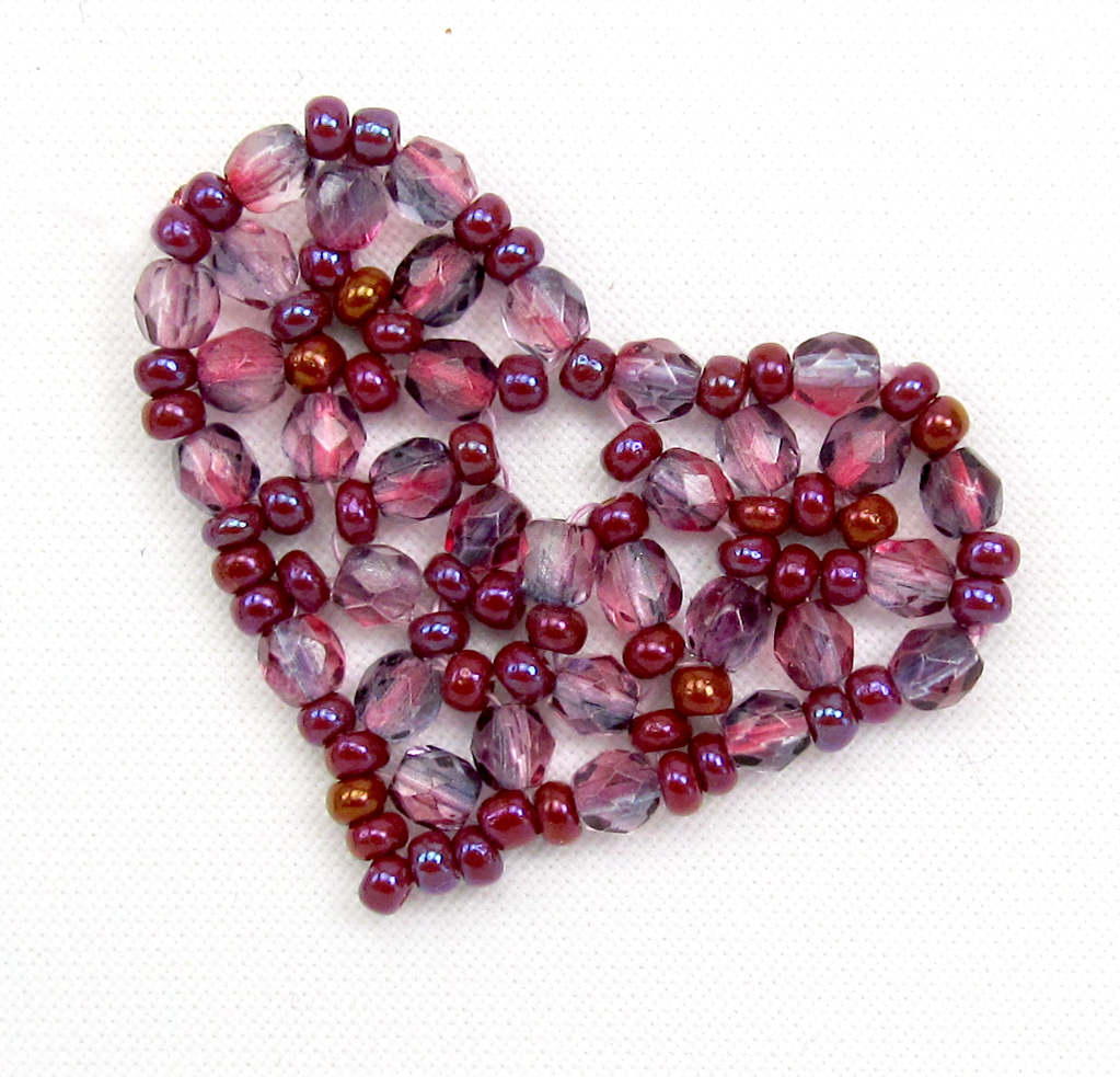 Free Beaded Heart tutorial