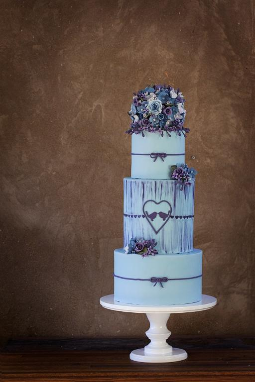 Purple and blue blooms cake by Bluprint member Sweet and Cake