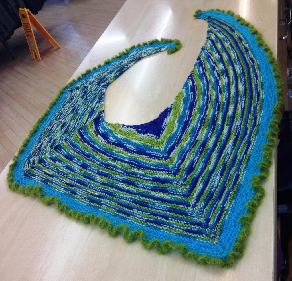Lieblingsschal knitted shawl