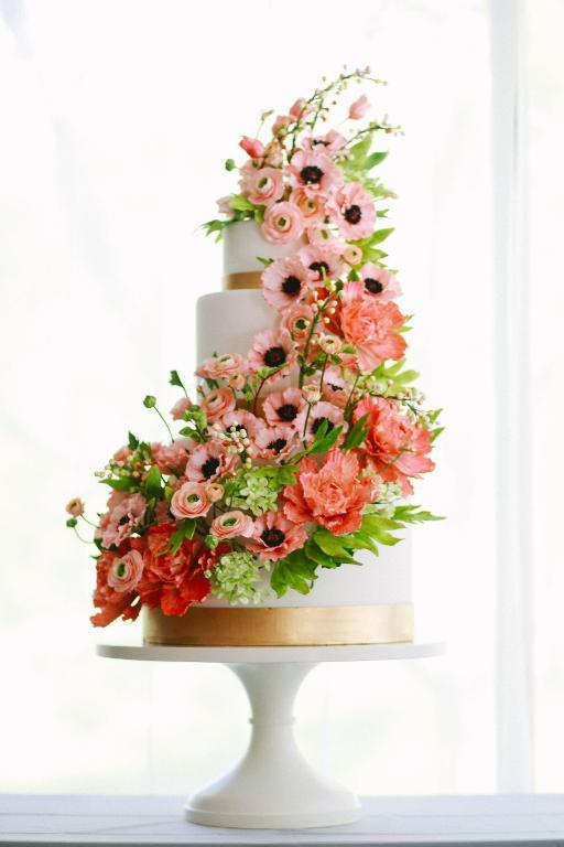 Peach Poppy Wedding Cake by Craftsy member Alex Narramore