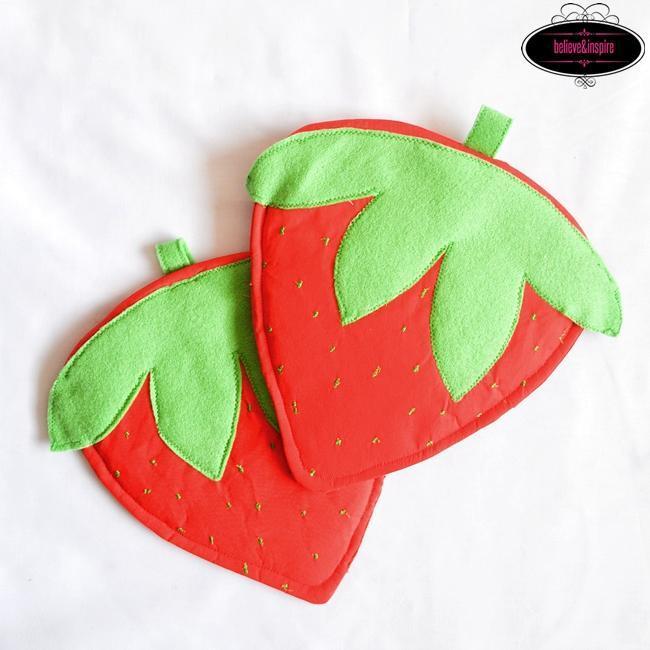 Strawberry Pot Holders