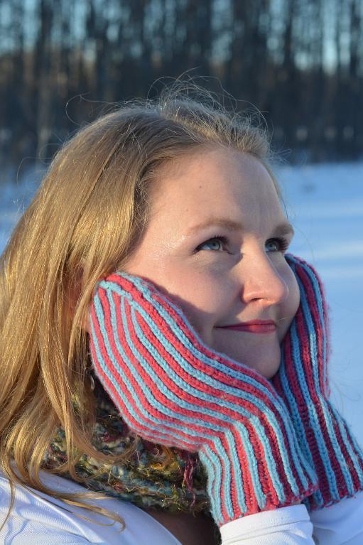 Revolution Mittens brioche knitting pattern