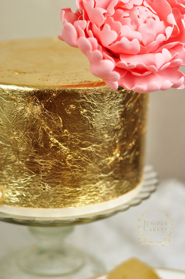 Covering a cake with gold leaf tutorial