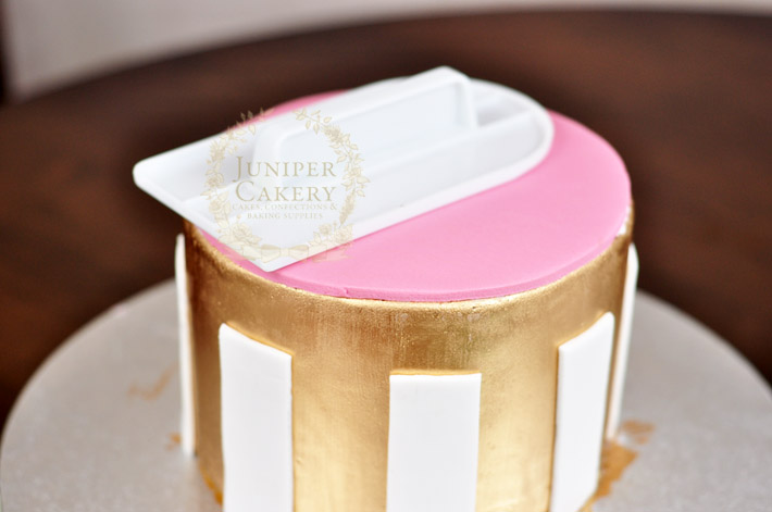 Hat box cake how-to by Juniper Cakery