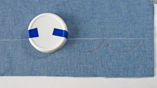 marking scallops on fabric