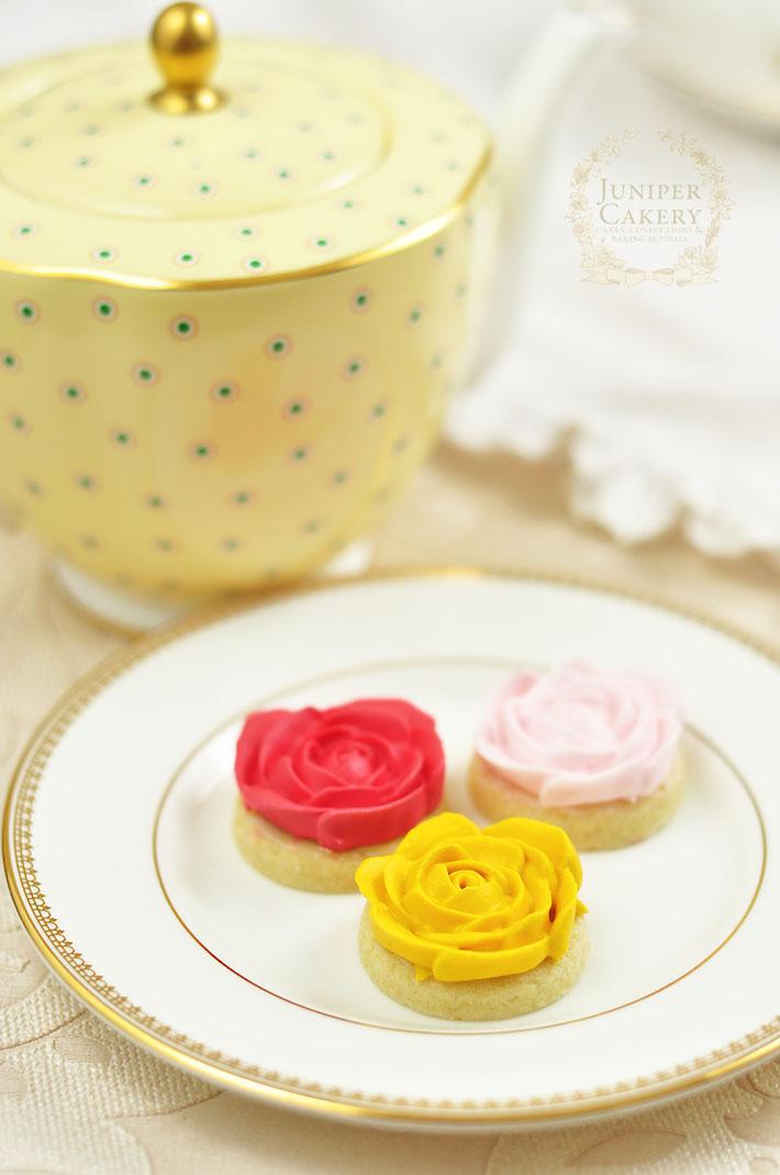 Perfectly sweet mini rosette sugar cookie tutorial by Juniper Cakery