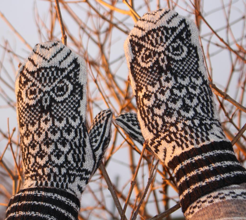 Night Owl Mittens knitting kit
