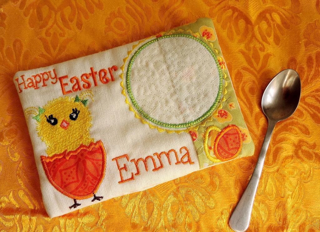 In the Hoop Easter Mug Rug Embroidery