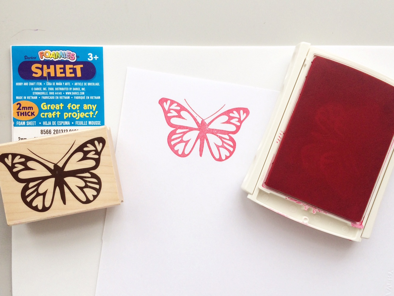 Paper crafting hacks: stamping on foam pad