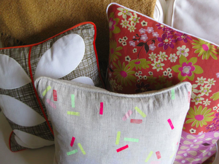 how to sew piping into a pillow