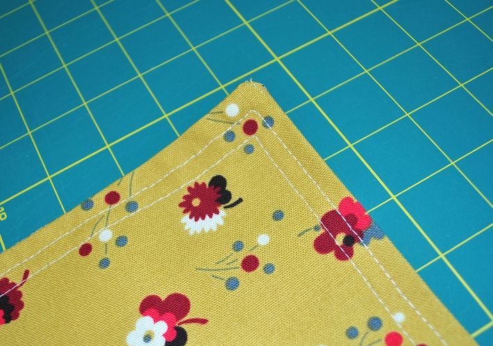 Table Runner 8