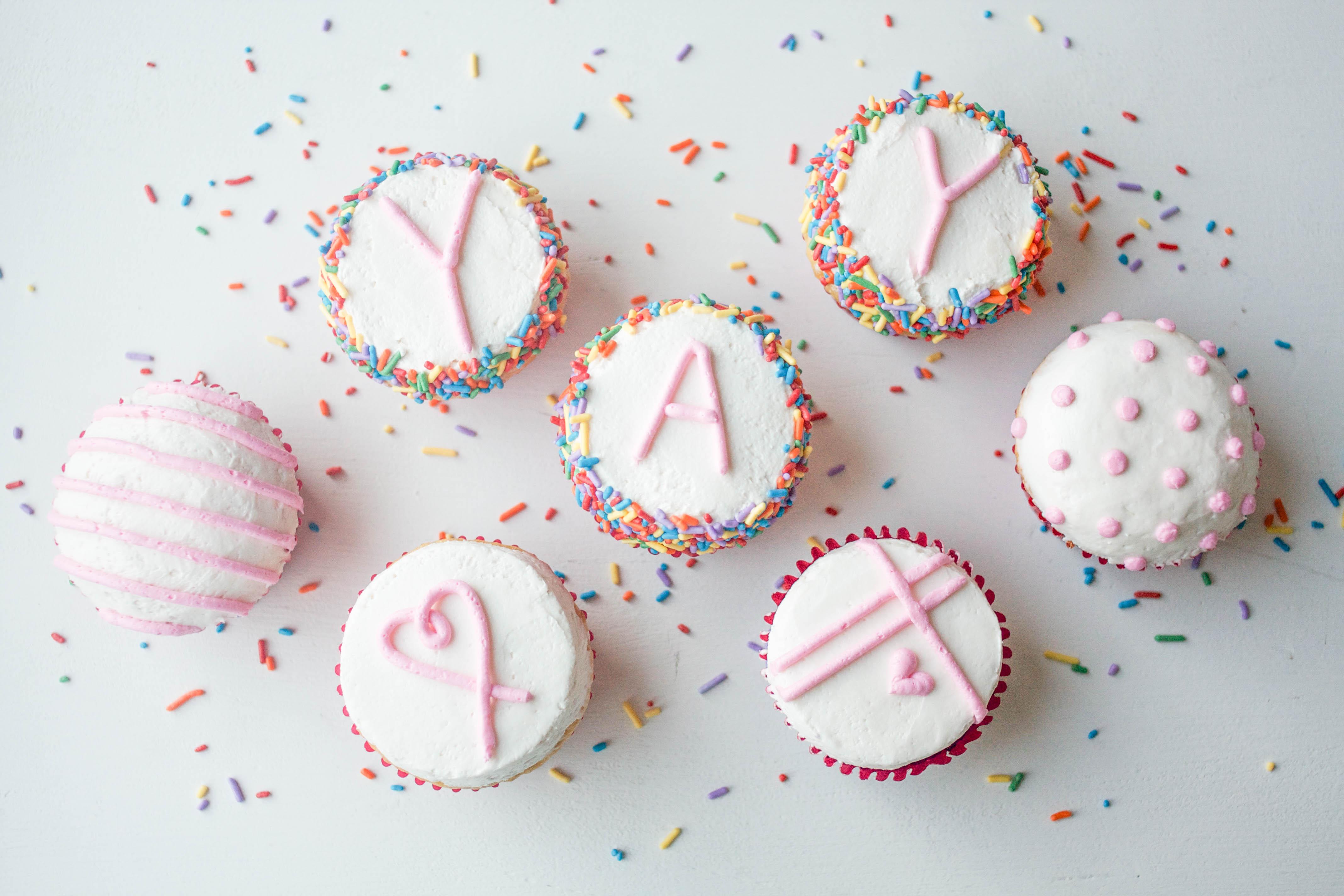 Flat Top Buttercream Cupcakes | Erin Gardner | Bluprint