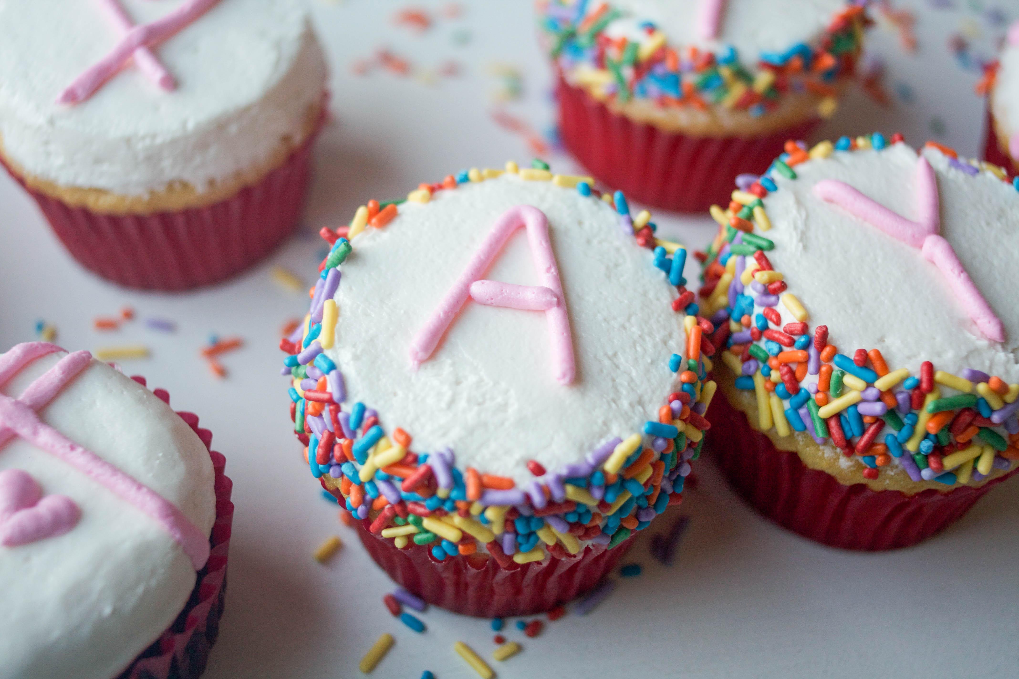 Flat Top Cupcake With Sprinkles | Erin Gardner | Bluprint