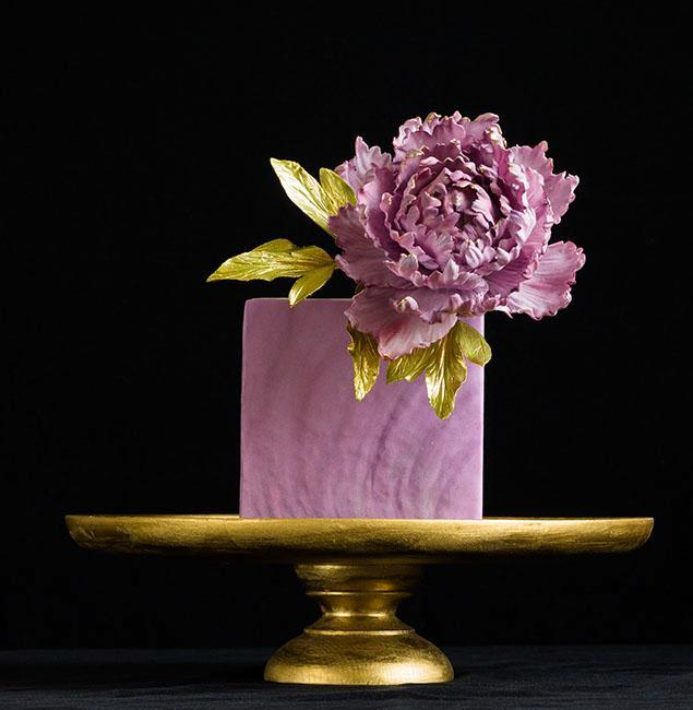 Purple and gold peony cake by Bluprint member ModernLovers