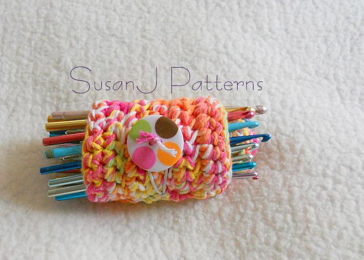 Crochet Hook Roll Organizer crochet pattern