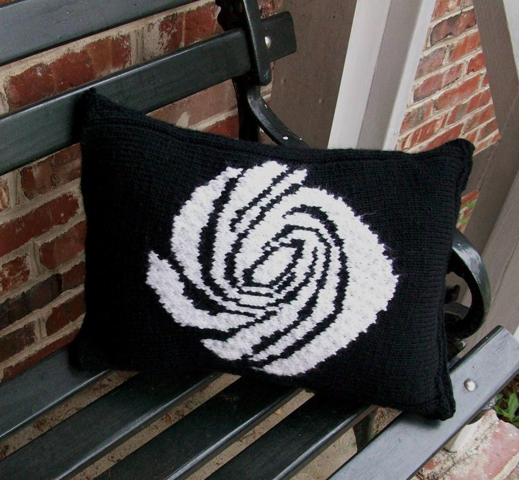 Galaxy Pillow knitting pattern