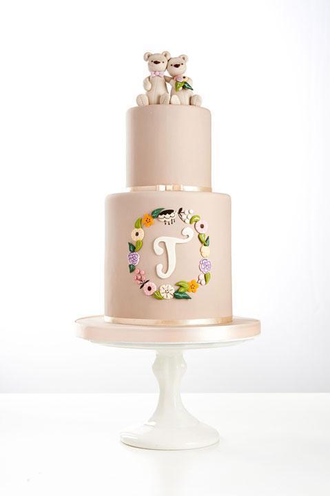 Cute teddy wedding cake by Craftsy instructor Tracey Rothwell