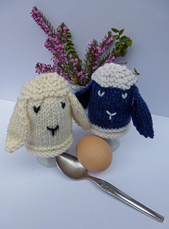 Easter Sheep Egg Cozies knitting pattern