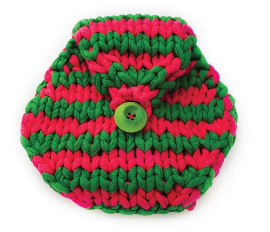 Honeycomb Clutch Purse knitting pattern