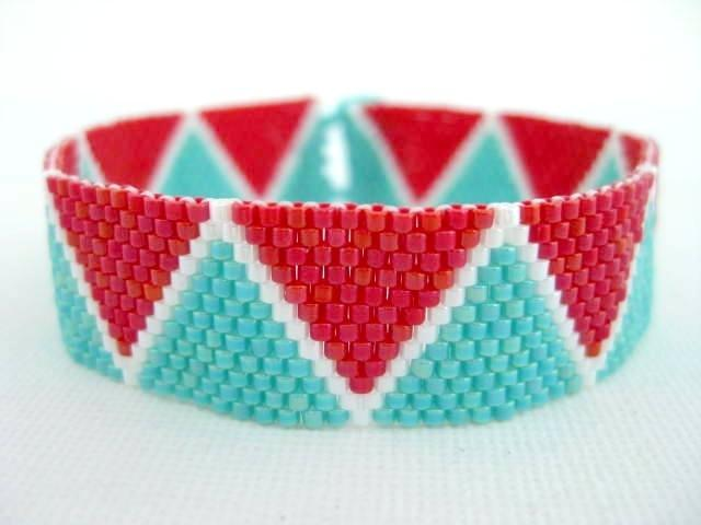 Zig Zag Summer Peyote Bracelet