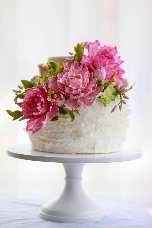 Ruffles and peonies cake by Bluprint member Alex Narramore