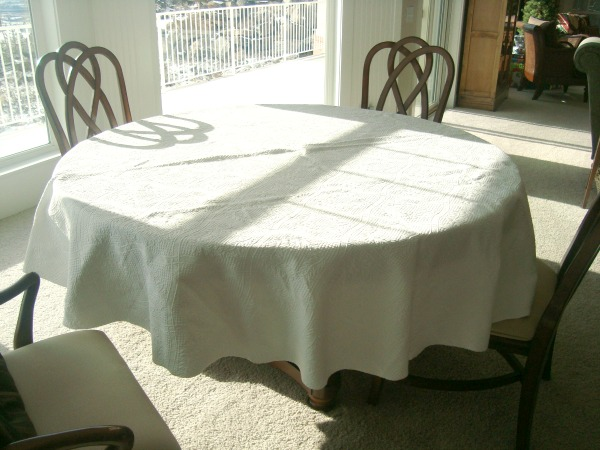 tablecloth1-1