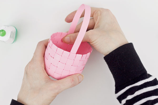 DIY Woven Paper Mini Basket : Step 8