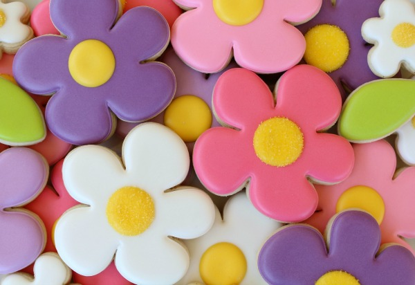 Bright and Colorful Spring Flower Cookies