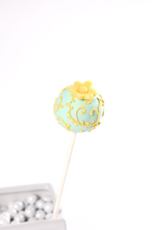 Piped Cake pop
