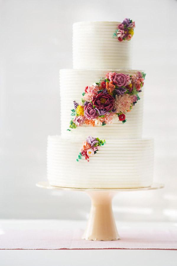 Cake by Erica O'Brien, Image from Eric Brushett | Erin Gardner | Bluprint