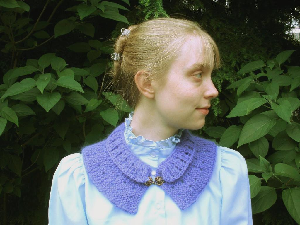 Short Row Collar