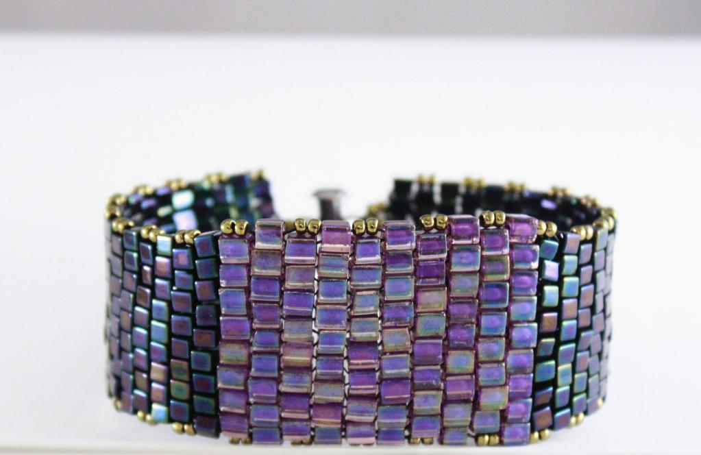 Peyote Wide Cuff with Cube Beads pattern