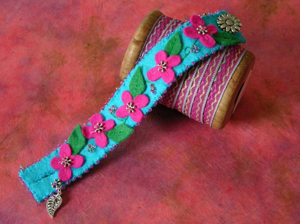 Thinking of Spring Felt Cuff free jewelry pattern
