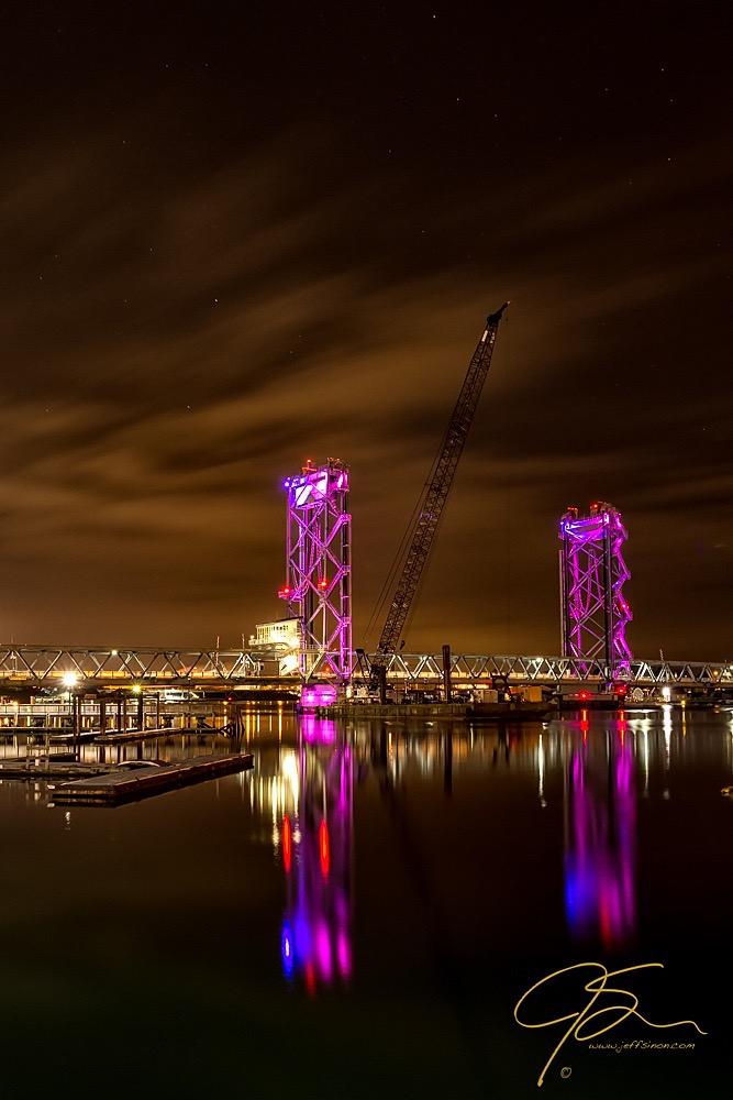 Memorial Bridge Under The Stars