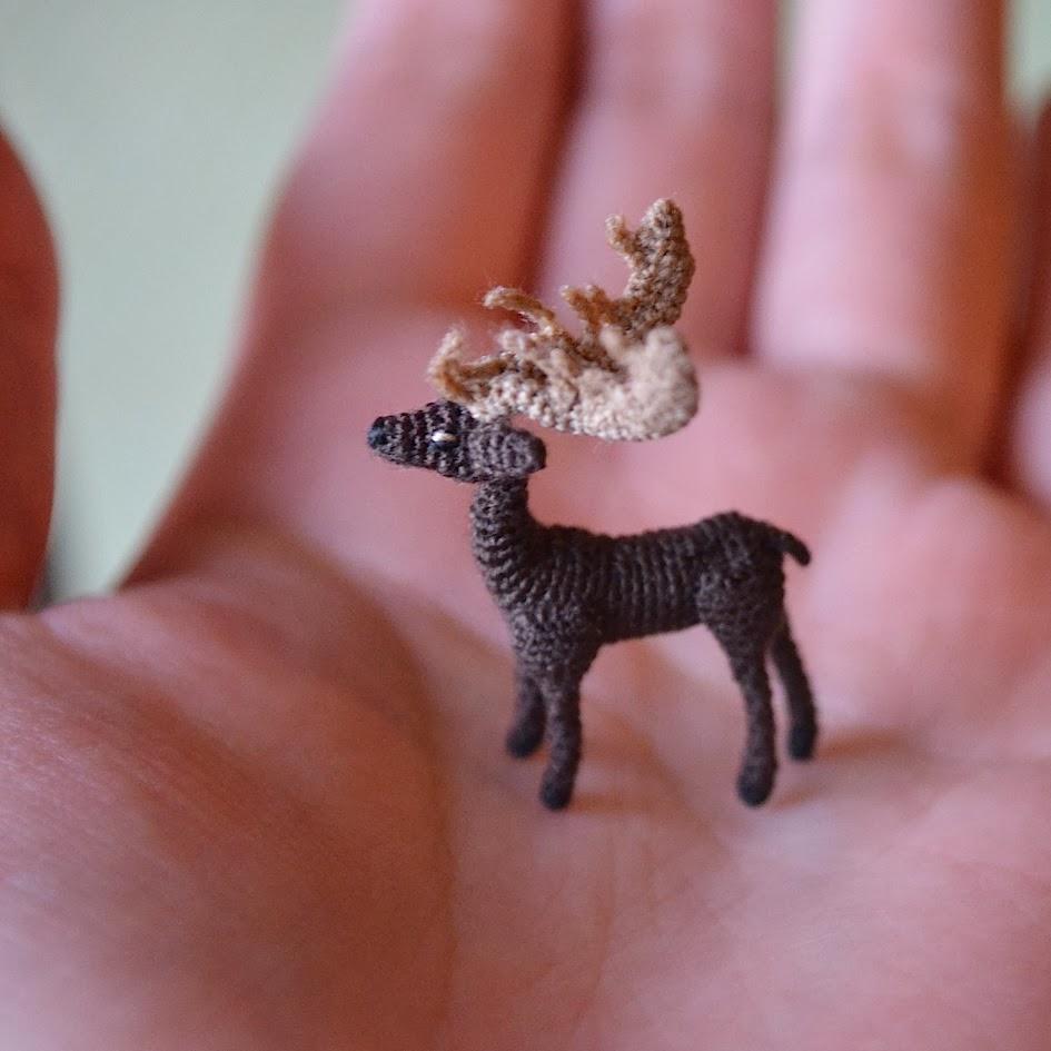 Micro Crochet Stag