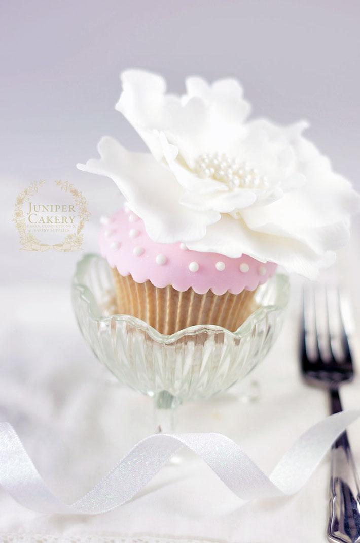 Polka dot royal icing cupcake