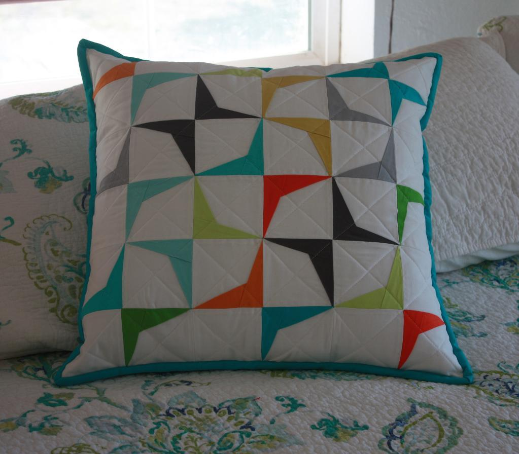 Get this and other free paper piecing patterns on Craftsy!